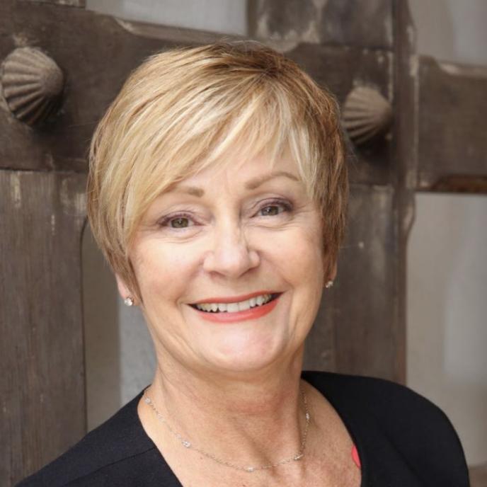 Lynda Elliott